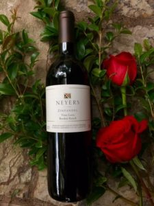 2015-zinfandel-with-red-roses
