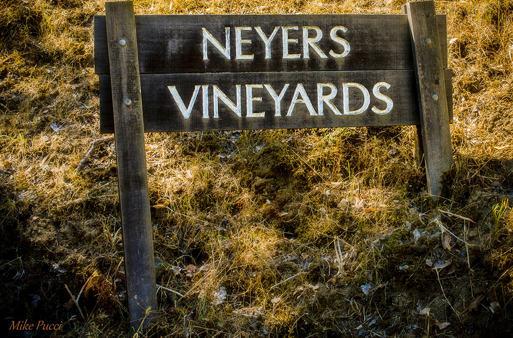 Neyers Vineyards Sign